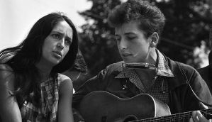 Explainer: are Bob Dylan's songs 'Literature'?