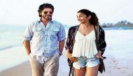 'डियर जिंदगी' का टीजर रिलीज, समंदर से कबड्डी खेलते नजर आए आलिया-शाहरुख