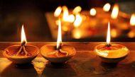 दिवाली की रात इन 8 जगहों पर दीपक जलाने से हो सकते हैं मालामाल