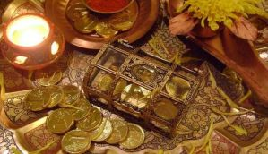Gems, jewellery retailers expect 25% growth in sales during Dhanteras: Reports