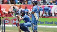 इंडिया बनाम इंग्लैंड वनडेः कोहली के बाद धोनी भी गए, स्कोर 5 विकेट पर 205 रन