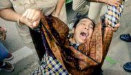किले में तब्दील हुआ इंडिया गेट, नजीब की मां फ़ातिमा के साथ पुलिस की बदसलूकी