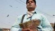 गुजरात: कारोबारियों ने उसी रात काली मुद्रा से सोने की ईंटें ख़रीद ली थीं