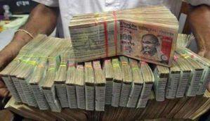 पटना एयरपोर्ट पर विदेशी नागरिकों से बरामद हुआ 1.20 करोड़ रुपये