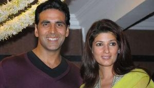 What did the Khiladi suggest Twinkle Khanna during the thunder storms?