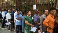 नोटबंदीः बकाया जमा करवाने उमड़े लोग, नगर निकायों में 340 करोड़ आए