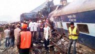 इंदौर-पटना ट्रेन हादसा: रेलवे ने दुर्घटना पीड़ितों को बांटे पुराने नोट!