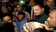 नोटबंदी का 13वां दिन: राहुल तीसरी बार लगे कतार में, लोगों से की बात