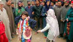 Traditional welcome for Kashmir's 8-year-old world kickboxing champ
