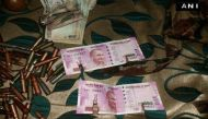 कश्मीर: एनकाउंटर में मारे गए आतंकियों के पास 2000 के नए नोट मिले