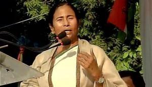 बंगाल हिंसा पर बोलीं ममता बनर्जी- क्या राम ने हथियारों के साथ रैली करने को कहा था?