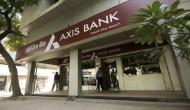 एक्सिस बैंक को 20 सालों में पहली बार हुआ इतना बड़ा घाटा, NPA ने दिया झटका