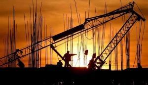 मैन्युफैक्चरिंग ग्रोथ 8 महीने के सबसे निचले स्तर पर, नई सरकार आने से पहले उलझन में व्यवसाय
