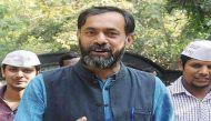 योगेंद्र यादव ने मोदी और केजरीवाल सरकार पर साधा निशाना