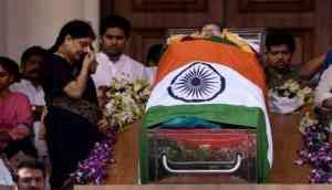 Amma's ghost still haunts AIADMK: Dinakaran responds to Srinivasan's disclosure