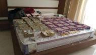 2000 और 500 के नोट जा रहे कर्नाटक, इनकम टैक्स ने की बड़ी जब्ती