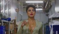 देसी गर्ल प्रियंका चोपड़ा की हाॅलीवुड फिल्म 'बेवॉच' का ट्रेलर रिलीज