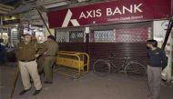 नोटबंदी: AXIS बैंक चांदनी चौक में 450 करोड़ जमा, 44 फ़र्ज़ी खातों में 100 करोड़ मिले