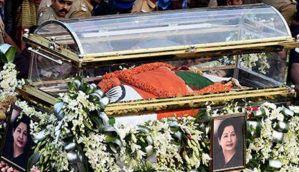 जयललिता का दोबारा किया गया प्रतीकात्मक अंतिम संस्कार
