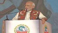 गुजरात के दीसा में बोले पीएम मोदी- 'नोटबंदी के बाद बड़े नहीं छोटे नोटों की पूछ बढ़ी'
