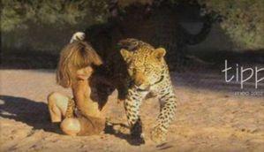 मिलिए असली मोगली सेः जंगलों में अपने 'भाई' हाथी और बेस्ट फ्रेंड 'तेंदुआ' के साथ बिताए 10 साल