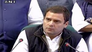 कोरोना वायरस: अपनी जान ख़ुद बचा लीजिए क्योंकि मोर के साथ व्यस्त हैं प्रधानमंत्री- राहुल गांधी