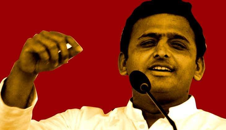 Akhilesh resorts to 'pressure tactics', releases own list of 235 SP candidates