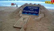 साल 2016 में सुदर्शन पटनायक ने रेत पर बनार्इ अमिट कलाकृतियां