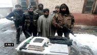 जम्मू-कश्मीर: कुपवाड़ा में लश्कर का आतंकी गिरफ्तार, हथियारों का जखीरा जब्त