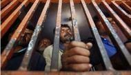 श्रीलंका नौसेना ने 10 भारतीय मछुआरों को गिरफ्तार किया