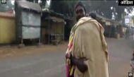 'दाना मांझी' और भी हैं: एक घंटे तक बाप ने बेटी के शव को कंधे पर ढोया