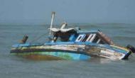 नाव पर सेल्फी लेने के चक्कर में आठ युवकों ने गंवाई जान
