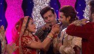 बिग बाॅस के घर में मोनालिसा ने रचार्इ शादी, रवि किशन हुए शामिल