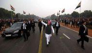 राजपथ पर जनता के जोश और जज़्बे को देख पीएम मोदी ने तोड़ा प्रोटोकॉल