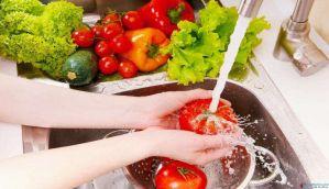 एक आसान तरीका फलों को केमिकल फ्री बनाने का
