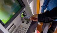 अगर पैसे निकालने के लिए आप भी करते हैं ATM का इस्तेमाल तो जरूर पढ़ें फायदे की ये खबर