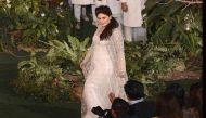 Lakme Fashion Week: मां बनने के बाद पहली बार रैंप पर उतरीं करीना