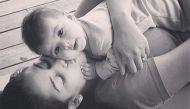 करीना के बेटे के बाद सामने आर्इ शाहिद कपूर की बेटी मीशा की तस्वीर