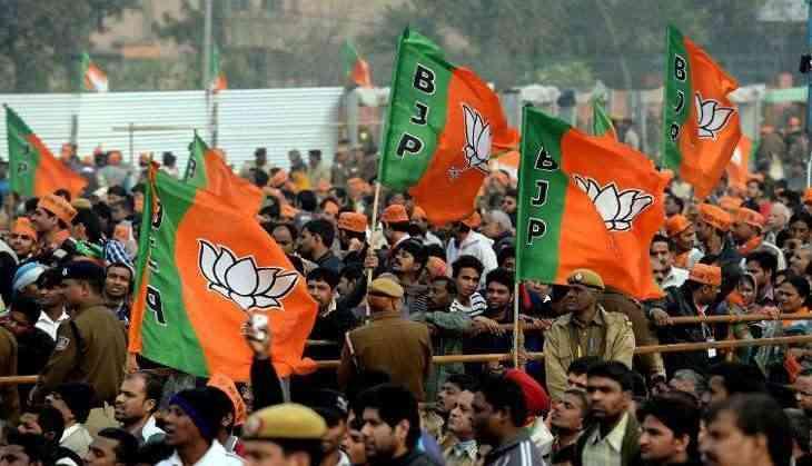 Rebel makes BJP sweat, unholy amounts of money spent in holy Rishikesh