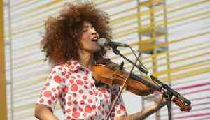 Yilian Canizares at UWMF2017: A perfect mix of raw emotion & peppy beats