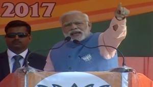 कन्नौज में बोले मोदी- 'कांग्रेस ने मुलायम पर चलवाई गोली लेकिन गोदी में बैठे अखिलेश'
