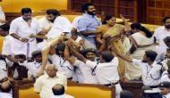 तमिलनाडु: विश्वास प्रस्ताव पर वोटिंग से पहले बवाल, सदन में तोड़ी कुर्सियां