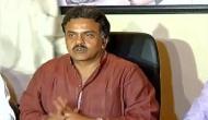कांग्रेस के संजय निरुपम ने कर्नाटक के राज्यपाल वजुभाई वाला को कह दिया 'वफादार कुत्ता'