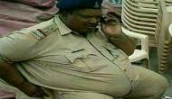 शोभा डे के ट्वीट पर मचा बवाल, ओवरवेट पुलिसवाले का होगा इलाज