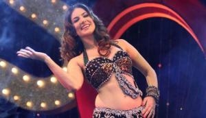 Watch: Sunny Leone shows bold dance moves in latest song 'Trippy Trippy' from Bhoomi
