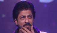 SRK refrains from smoking on vacation