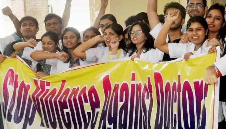 Maharashtra docs continue strike despite Bombay HC warning