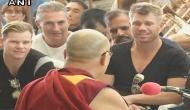 धर्मशाला में दलाई लामा से मिले कंगारू क्रिकेटर