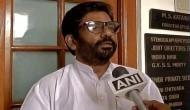 'माननीय' को महंगा पड़ा चप्पल चलाना, एयर इंडिया के बाद इंडिगो ने भी रद्द किया टिकट