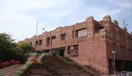 JNU में बवाल: 'लव जिहाद' पर बनी फिल्म दिखाने पर भिड़े दो छात्र संगठन, कई घायल